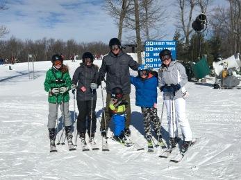 Fam Skiing